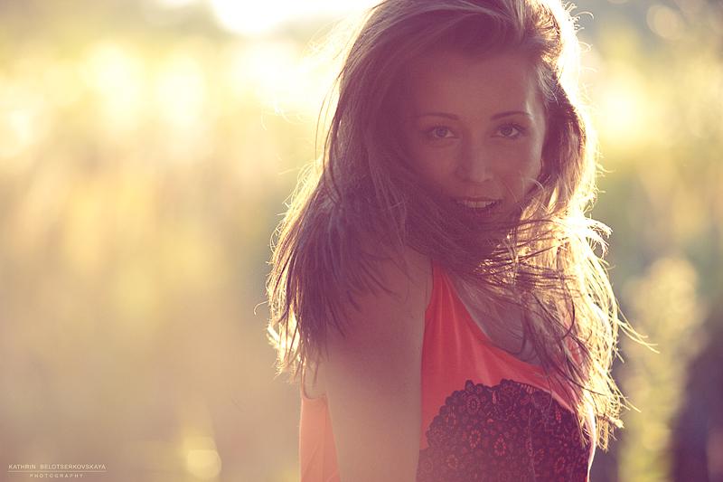 Солнечная портретная фотосессия. Фотограф Катрин Белоцерковская