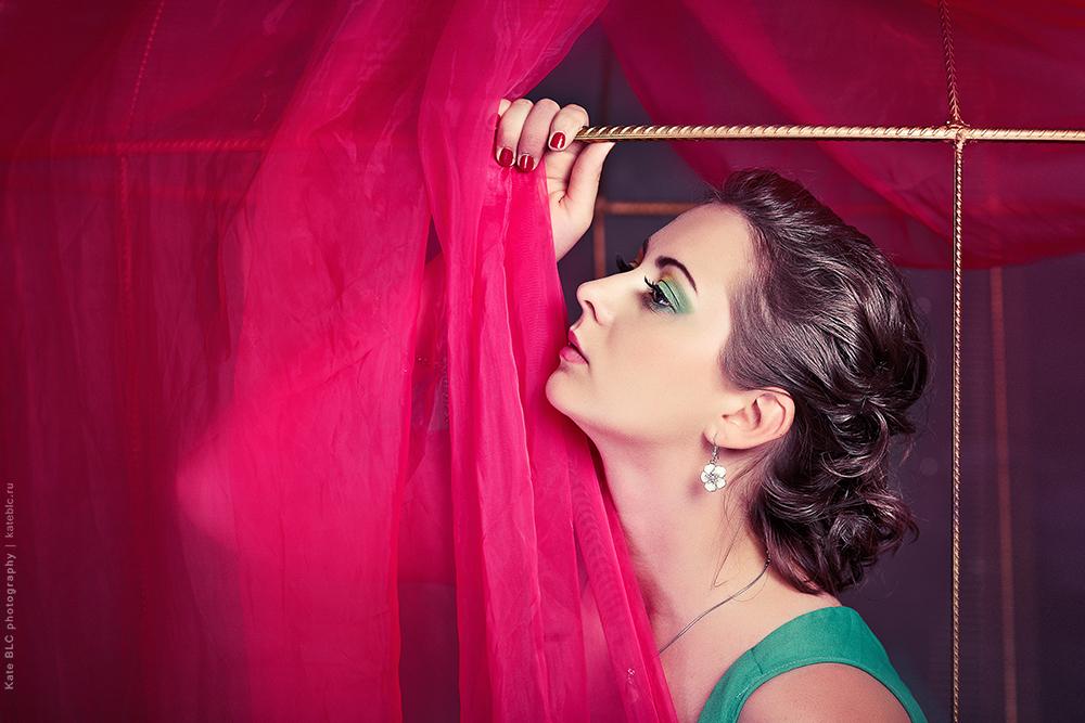 Фотосессия в студии. Портретная фотосъемка. Фотограф: © Катрин Бeлоцерковская, 2013. https://kateblc.ru