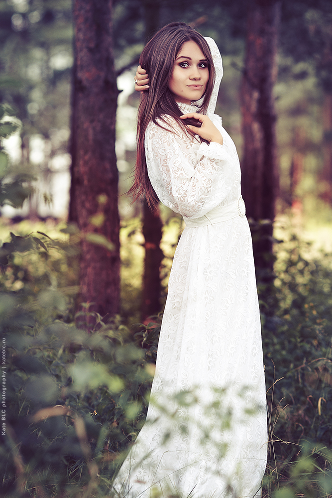 Фотосессия на природе. Красивая фотосессия в лесу. Фотограф Катрин Белоцерковская. Kate BLC Phototgraphy. kateblc.ru