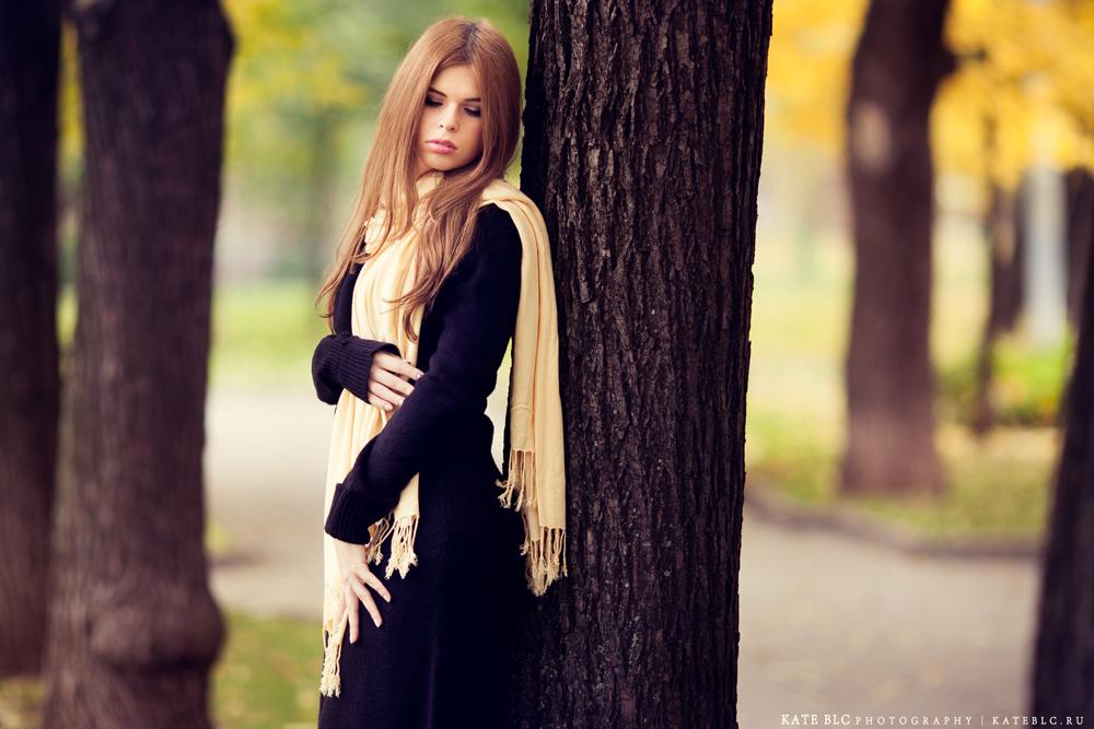 Осенняя фотосессия в парке. Фотограф: © Катрин Бeлоцерковская, 2013. http://kateblc.ru