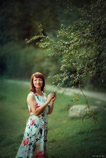 Фотосессия женская летом в парке сокольники
