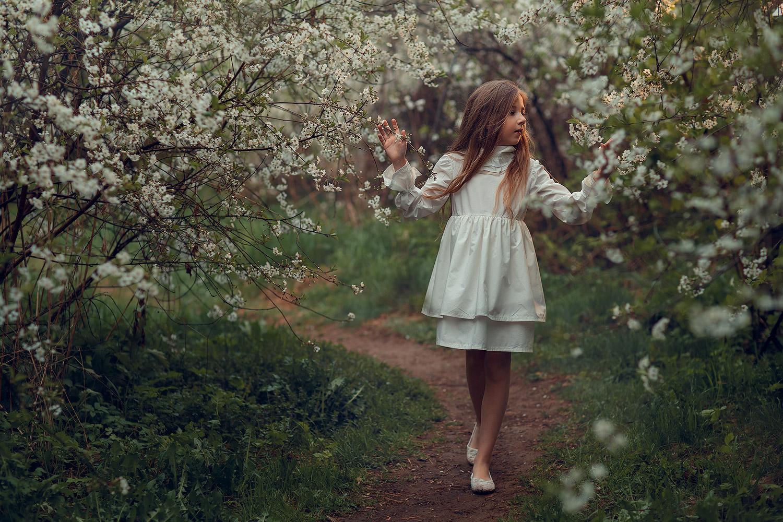 фотосессия для девочки в цветении