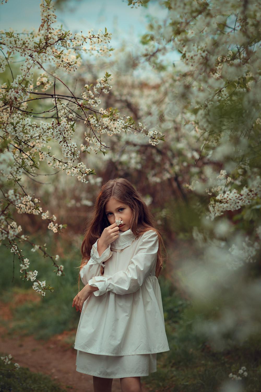 портретная фотосессия для девочки 9 лет в парке