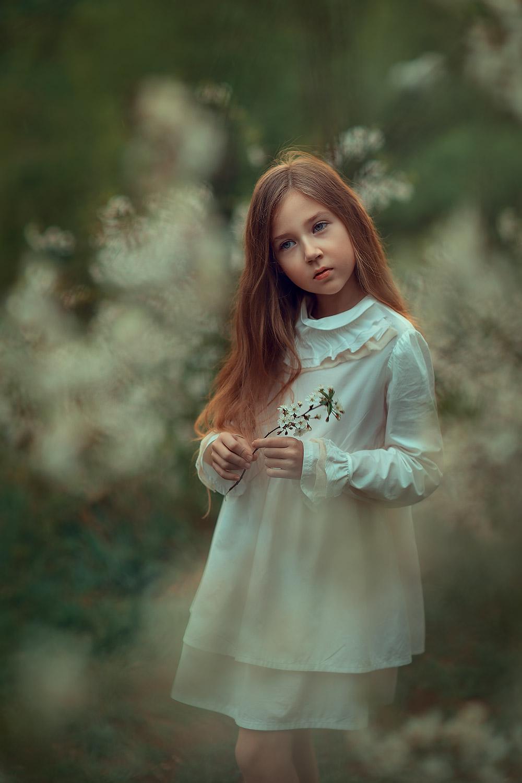фотосессия цветения. портретная фотосессия для девочки