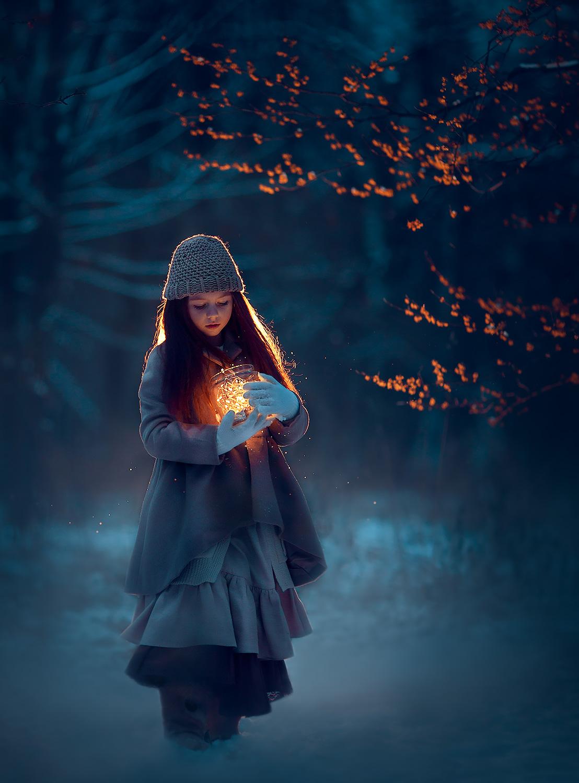 Зимняя фотосессия для двеочки. Фотограф Катрин Белоцерковская