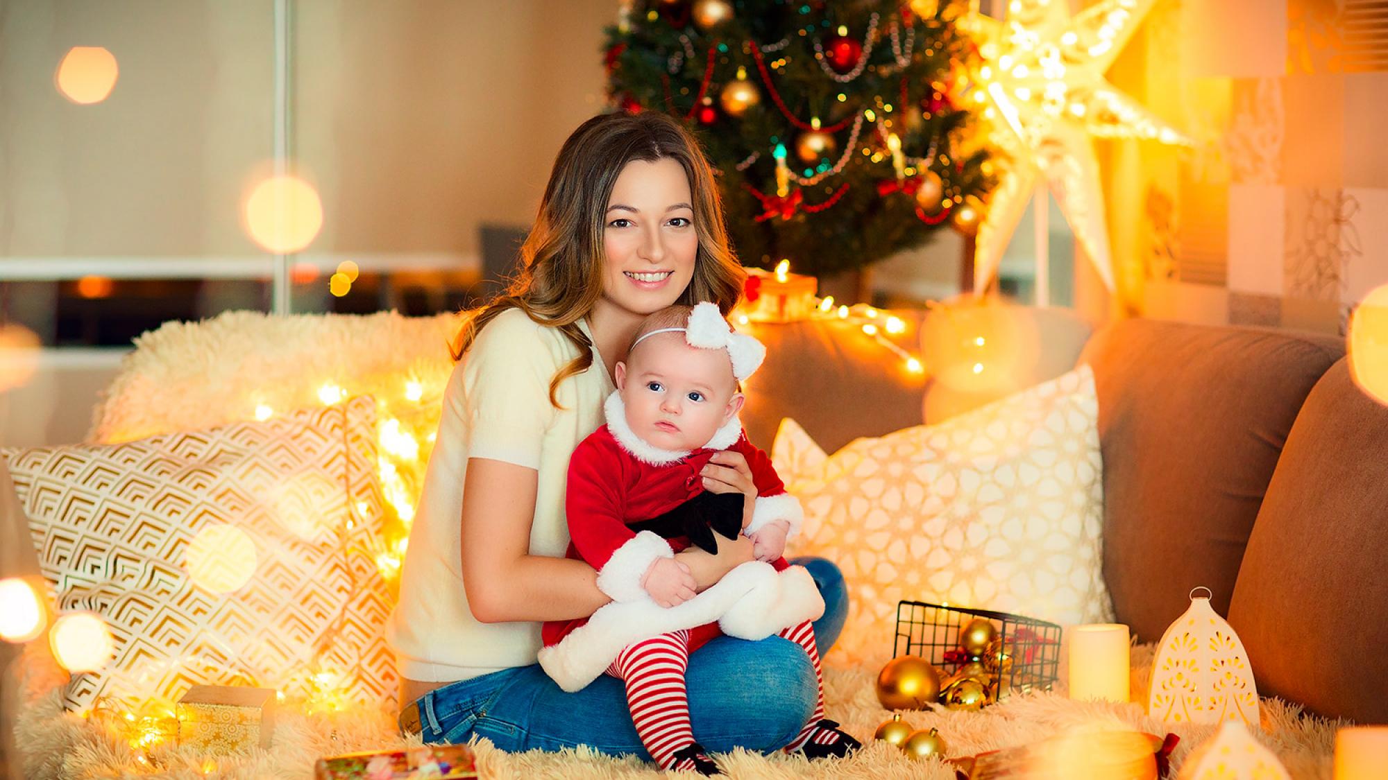 Мама и девочка 5 месяцев. Домашняя фотосессия