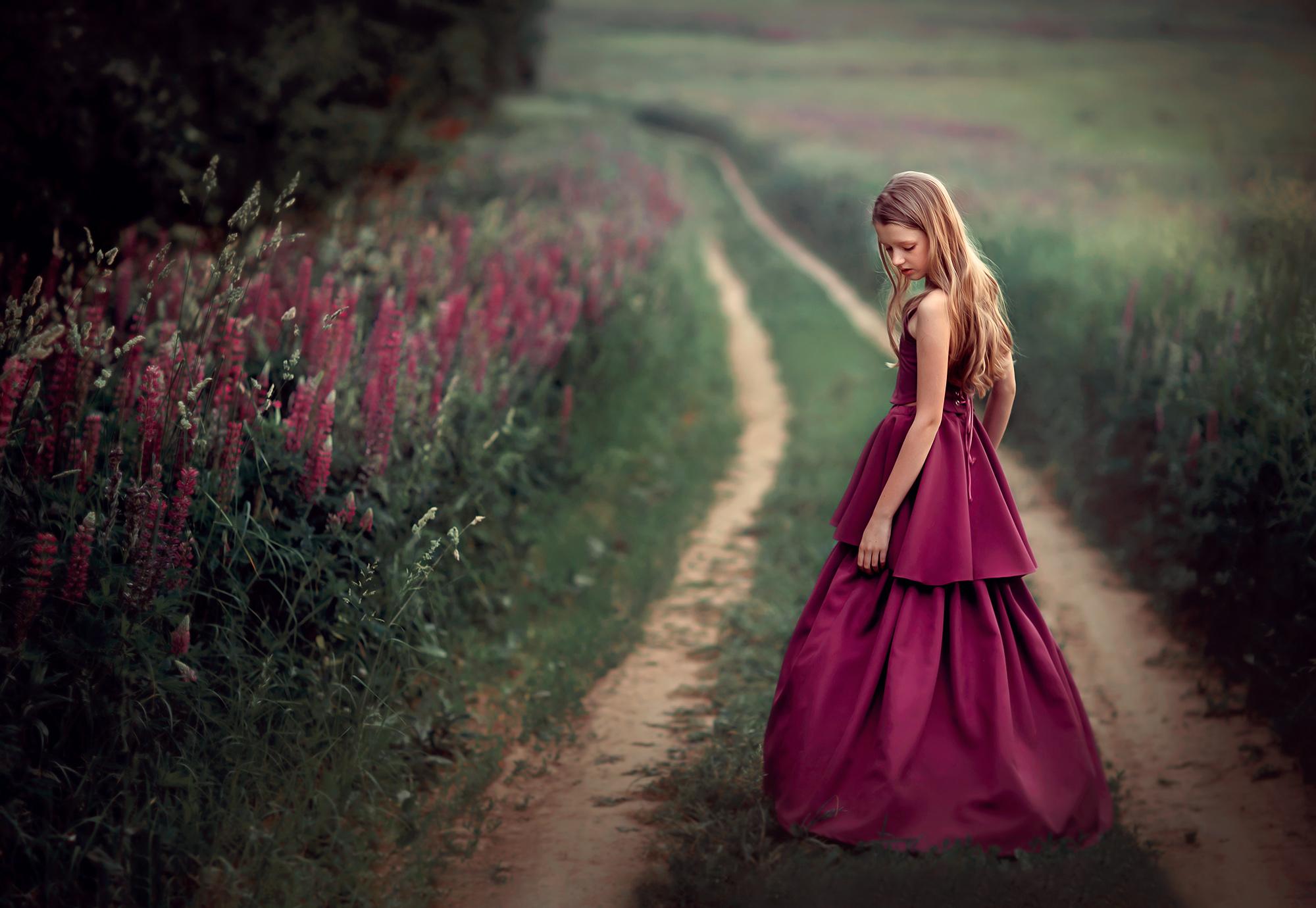 девушка на природе. фотосессия в поле