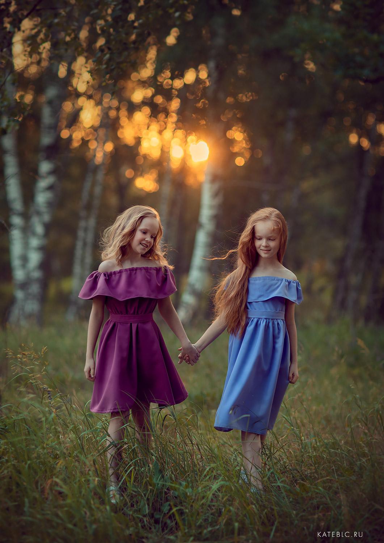 фотосессия для девочек 8 лет. сестры. Фотограф Катрин Белоцекровская