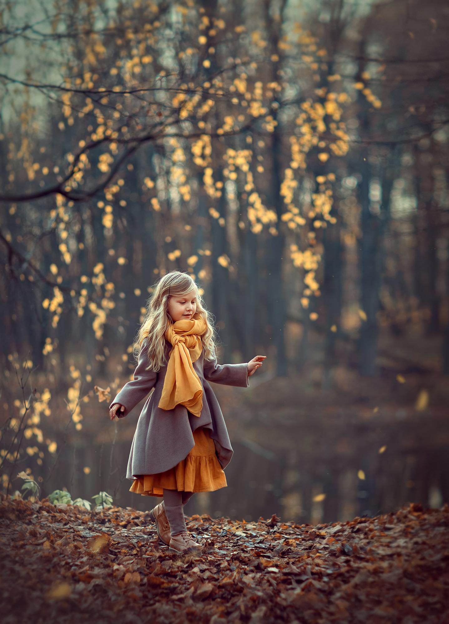 осенняя фотосессия для девочки в парке