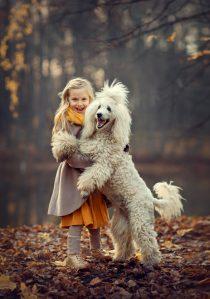 фотосессия для девочки с собакой
