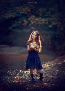 Детская фотосессия на природе с фонариками
