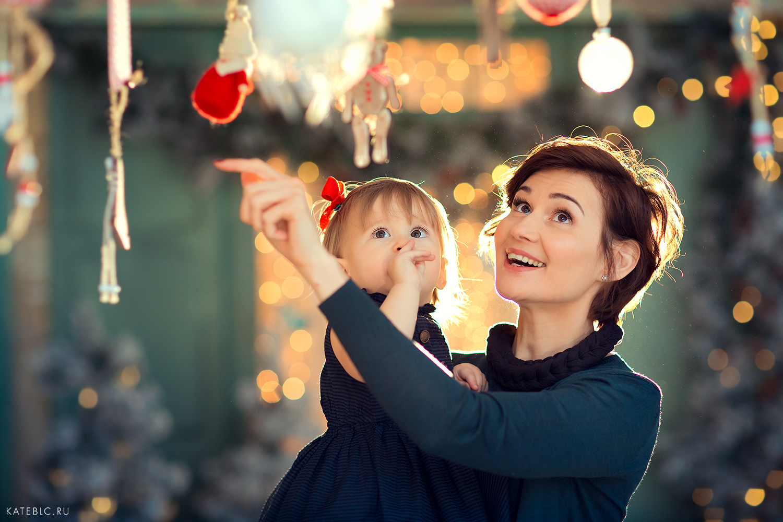 семейная фотосессия на новый год в фотостудии