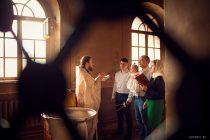 таинство крещения в крутицком подворье
