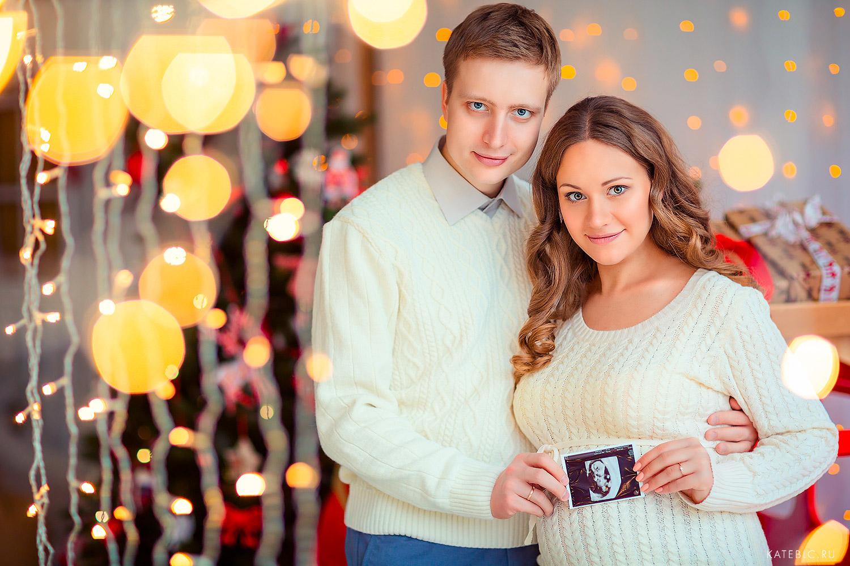 Яркая фотосессия для беременных в студии. Фотограф Катрин Белоцерковская kateblc.ru москва