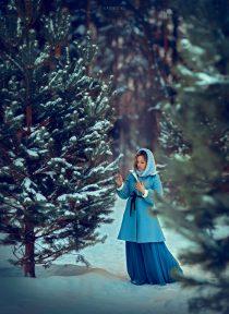 зимняя фотосессия на улице в лесу